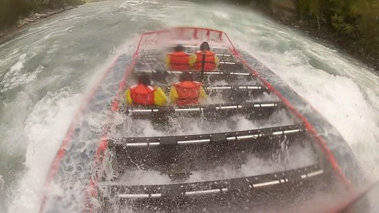 Whirlpool Jet Boat Tours : Whirlpool Jet Boat ride in class 5 rapids Exciting!