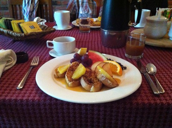 Le Gite Dezery : Breakfast!