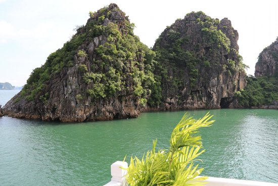 Asiatica Travel - Private Day Tours: Ha Long