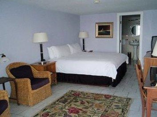 Tilghman Island Inn: Deluxe Waterview Suite