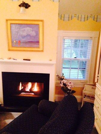Captain's House Inn : The Clarissa Suite