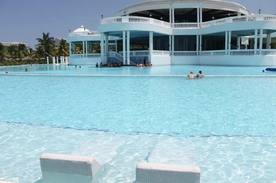 Biggest outdoor pool in jamaica so we 39 re told with swim for Biggest outdoor pool