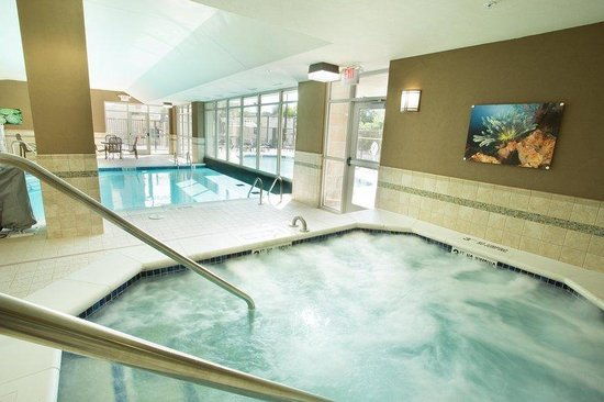 Indoor Outdoor Pool Whirlpool Picture Of Drury Inn Suites St Louis Brentwood Brentwood