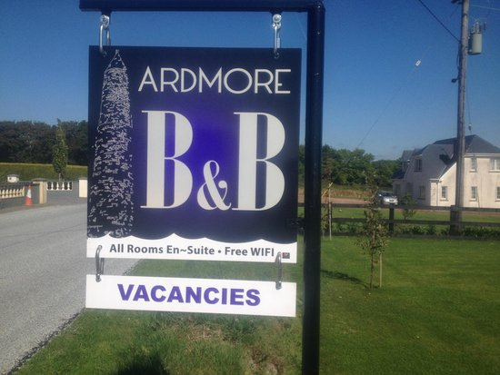 Ardmore Bed & Breakfast: Our new sign