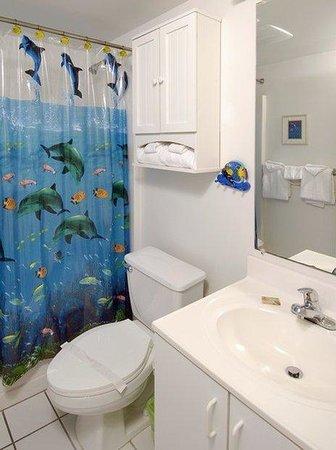 Royal Palms: bathroom