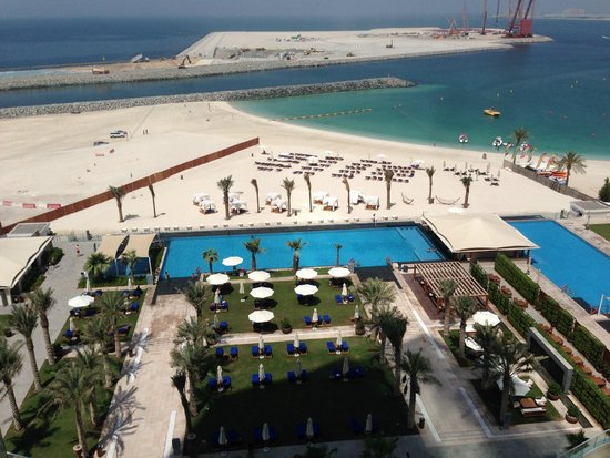 Doubletree By Hilton Hotel Dubai Jumeirah Beach View Over Pool And Beach Area