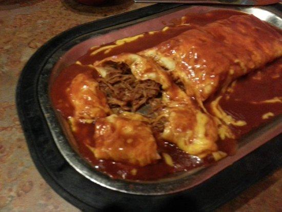La Salita Restaurant : Carne Adovada Burrito