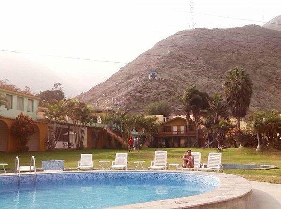 Hotel El Angolo Chosica: paisaje