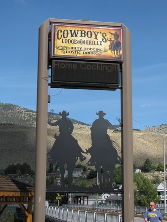 Cowboy Lodge and Grill: Cowboy's