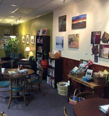 Midtown Cafe: café Library