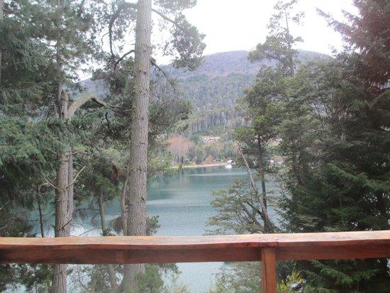 Le Pommier: vista al lago