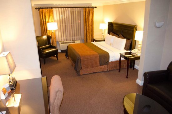 Ayres Hotel Ontario Mills Mall: Comfortable Bed