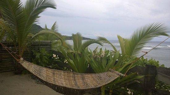 Bamboo Garden Bar and Lodging: Beachside