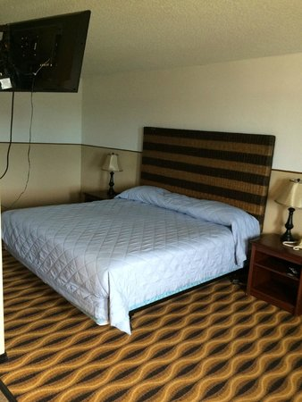Kennewick, WA: wow new beds!