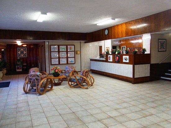 Kona Seaside Hotel: ロビー