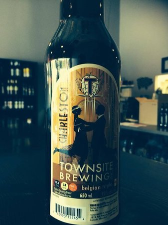 Ty's Fine Foods and Bistro: Townsite brewery!!