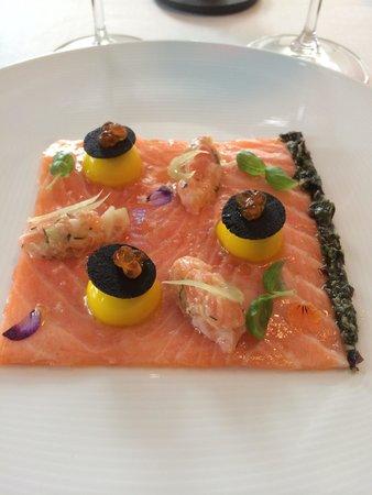 Bayview: Salmon Carpaccio > Delicious