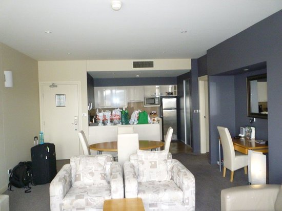 Peppers Seaport Hotel: Lounge 2