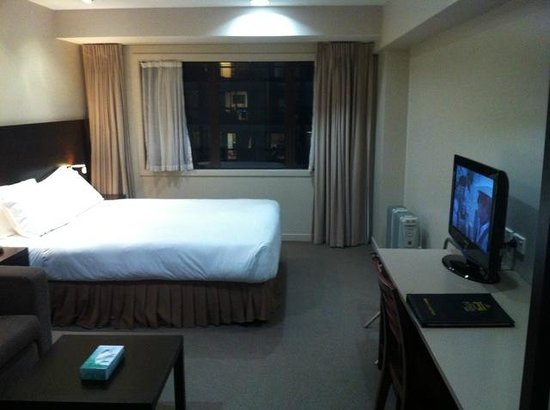 Auckland City Hotel-Hobson St : Room