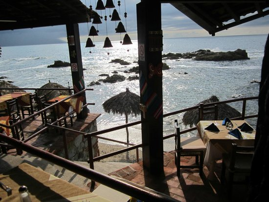 Playa Conchas Chinas: view from the restaurant