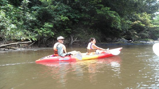Kurakura Homestay: Sarawak River kayak trip