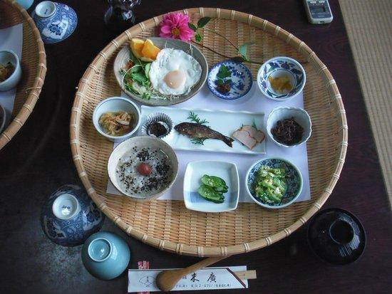 Ryokan Suehiro: 朝食