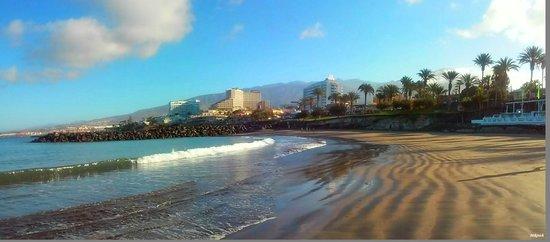 Aparthotel Club Bonanza: пляж рядом с отелем