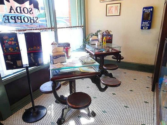 S & T Soda Shoppe : old cafeteria tables