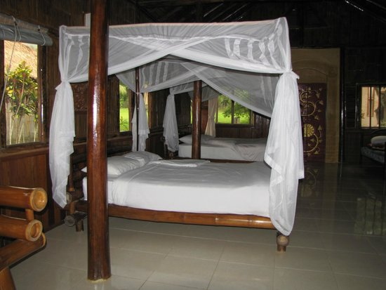 Huai Khum Resort: The beds