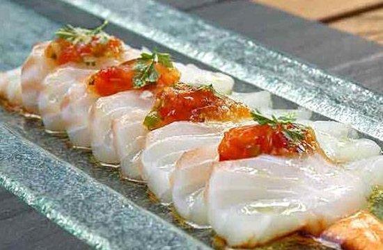 Ostreria & Sushi De Mercado: Bacalao marinado a la pimienta rosa
