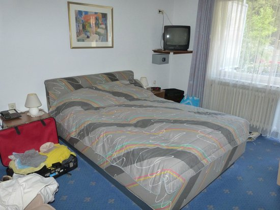 Residenz Hotel-Cafe: single room