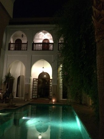 Riad Shama : outside eating/relaxing area