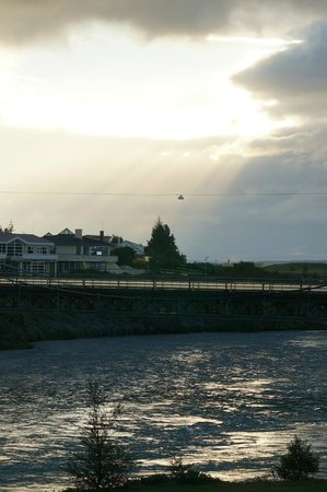 Hotel Selfoss: Olfusa river from the room