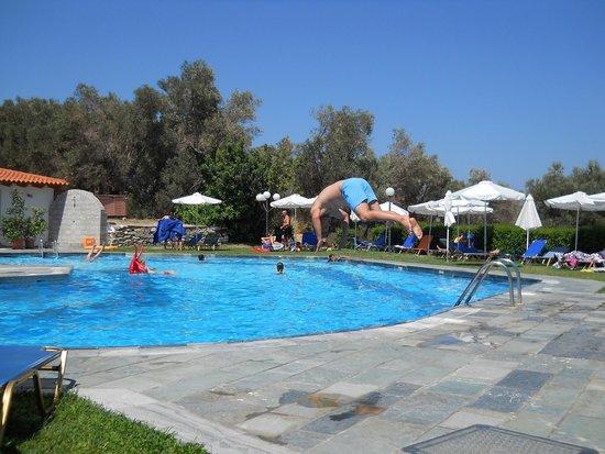 Arion Hotel : Splashing time !