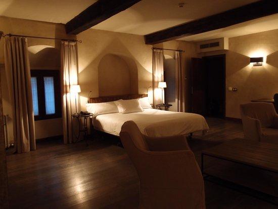 Hotel Palacio Carvajal Giron: Sobriété et élégance.