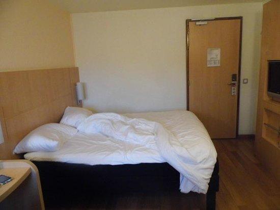 Hotel Paris Bastille: Habitacióncama doble