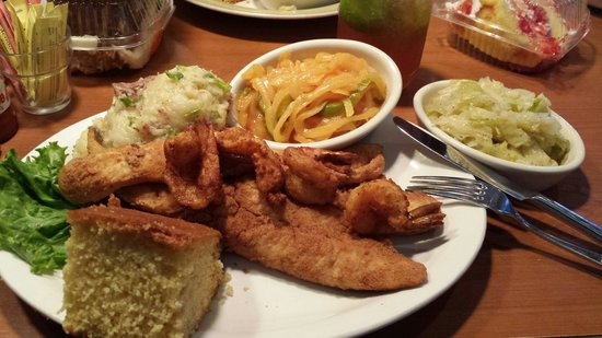Croaker's Spot Restaurants : Fish and Shrimp with House Potatoes and Cabbage