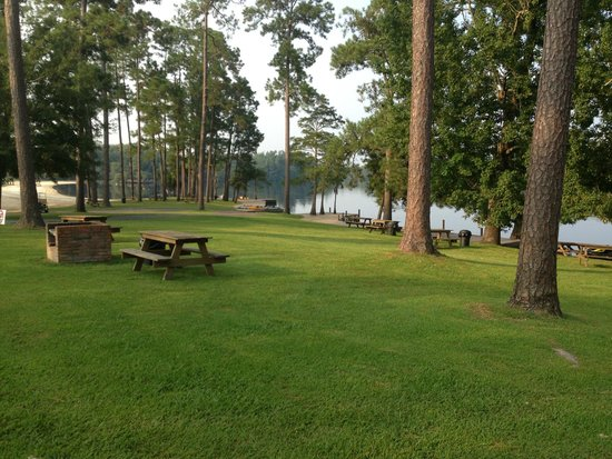Moss Point, MS: Presley's Outing (Picnic Area)