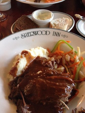 Sherwood Inn: Yankee Pot Roast with Stretch and Pumpernickel bread:)