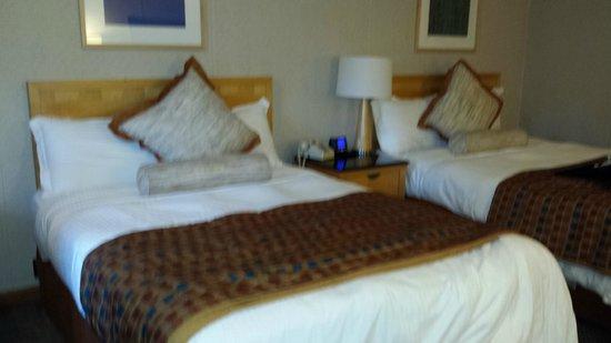 Americas Best Value Inn & Cottages: beds
