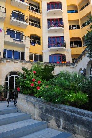 Il Palazzin Hotel: Exterior