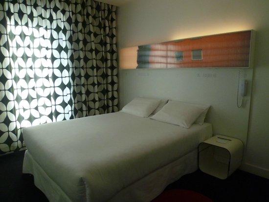Hotel Gat Point Charlie: Idem con las luces