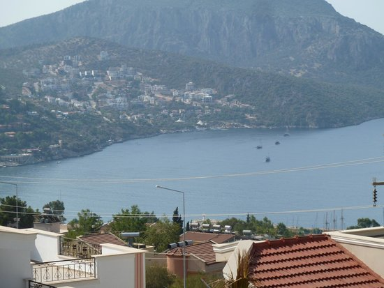 Samira Resort: partial sea view from balcony