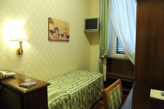 Hotel Boccaccio: シングルルーム