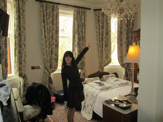 Marmadukes Town House Hotel: Look at the features!!!