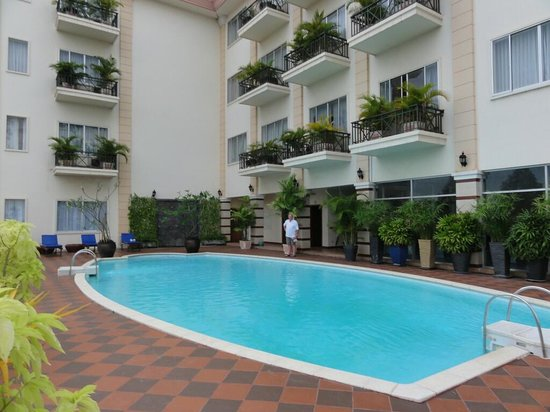 Stung Sangka Hotel: Pool area