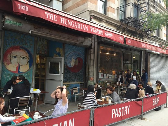 Hungarian Pastry Shop: Store