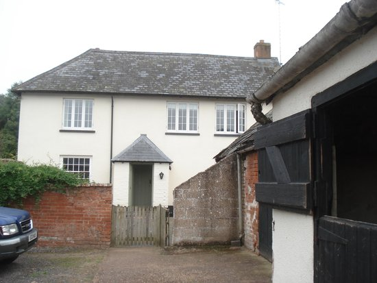 Lancercombe Farm - Bed & Breakfast : The owners' entrance
