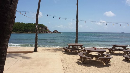 Iggies Beach Bar and Grill: Great sea view