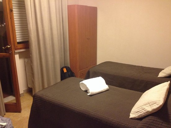 Hotel Franchi: 5th floor with a balcony and large bathroom